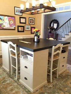 I really like this for a craft room or study/work space for kiddos DIY craft table made from IKEA parts Craft Room Office, Home Diy, Cheap Home Decor, Sweet Home, Diy Furniture, New Homes, Craft Table Diy, Home Projects, Home Decor