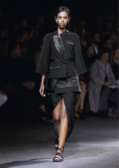 Givenchy - Women-Spring Summer 2014 - Show collection