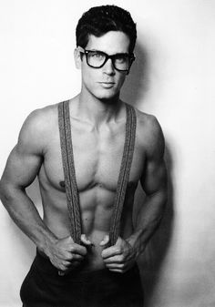"""Guys With Glasses... Because his glasses are what we are looking at. I know I'm pinning this again, but I showed my mom and she goes """"HE HAD GLASSES ON?"""""""