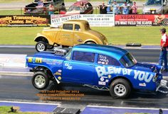 AA/GS Finals Steve Crook's '56 Chevy Blew By You vs Ray Kosicki's '33 Willys (545×373)