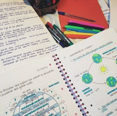 scottishgirlxstudies:This picture was taken back in January when I was studying for my geography prelim, I love coloured pens and highlighters✏️
