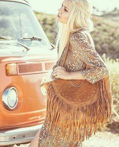 """@Regrann from @mahiya_leather -  Blonde bombshell @sarahloven wearing our tan Ophelia Bag  Almost sold out online ~ www.mahiya.com.au #Mahiya #bohemian…"""