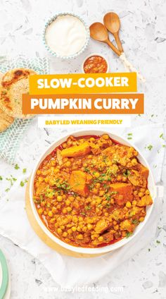 Slow Cooker Pumpkin Curry for Baby Led Weaning! Easy and healthy vegan recipe that serves the whole family! Set it and forget it in your crockpot / slow cooker and come home to a healthy dinner! Vegan Slow Cooker, Slow Cooker Recipes, Baby Led Weaning, Weaning Toddler, Healthy Meals For Kids, Kids Meals, Vegan Recipes Easy, Baby Food Recipes, Pumpkin Curry