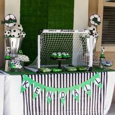 Goal? White donuts, black, green and white colors.