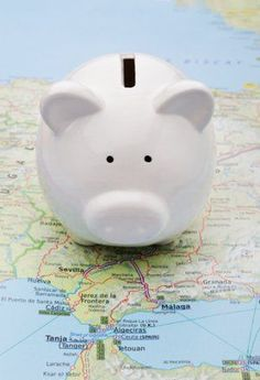 Small expenses can creep up on you and sink even the savviest vacation budget. Here are 7 small expenses that can blow up your vacation budget.