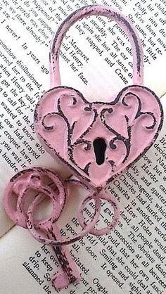 Pink heart lock & key