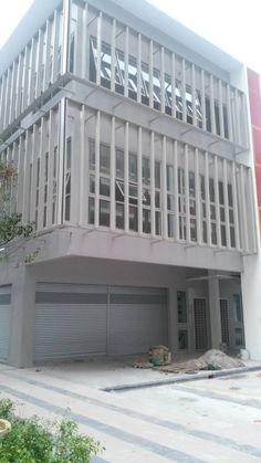 EndLot Shop Suria Jelutong,Bukit Jelutong - ================================================================================ Endlots Shop Suria Jelutong,Bukit Jelutong Serve with 1000++ Residential Kee 017-666 4403 ================================================================================ Endlot Shop Suitable F&B,Showroom Over 1000 Residental house RENTAL RM10500 NEGO Want to viewing just call KEE 017-666 4403    http://my.ipushproperty.com/property/endlot-shop-su