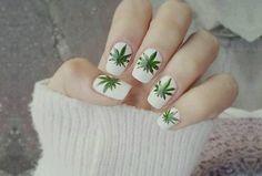 Uñas marihuana 7