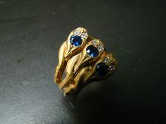14K Cornflower blue sapphires diamonds+snake ring