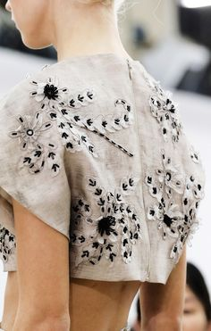 Tailored cropped top with beaded flower applique - embellished fashion details // Giambattista Valli