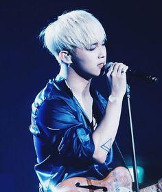 Lim Hyun-sik : BTOB Time Concert [©imhyunsik]