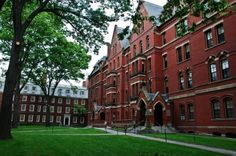 The world's main ten Universties for law :Harvard University,Harvard Law School is one of the preeminent centers of legal education in the world. Led by a. Us Universities, Top Colleges, Usa University, Stanford University, Boston University Campus, Harvard College, Harvard Campus, Harvard Yard, Harvard University