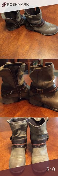 Women's slouch ankle boots Jellypop slouch ankle boots - excellent condition - very little wear on the soles Shoes Ankle Boots & Booties