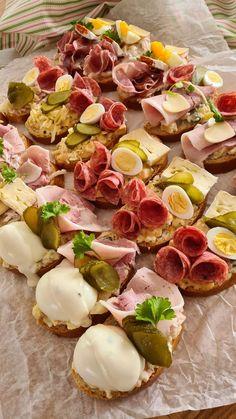Camembert Cheese, Potato Salad, Potatoes, Ethnic Recipes, Food, Potato, Essen, Meals, Yemek