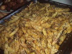 Reteta culinara Cartofi usor picanti cu amestec de susan la cuptor din categoria Mancaruri de post. Specific Romania. Cum sa faci Cartofi usor picanti cu amestec de susan la cuptor Healthy Recipes, Healthy Food, Curry, Pork, Meat, Chicken, Potato, Healthy Foods, Kale Stir Fry