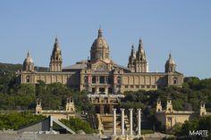 Palacio Nacional de Montjuic  Empezamos esta semana con la imagen del Palacio Nacional, un edificio situado en Barcelona que se construyó en 1929 con motivo de la Exposición Internacional que se celebró en la ciudad en el mismo año. El edificio alberga, desde 1934, el Museo Nacional de Arte de Cataluña.  #montjuic #palacio #nacional #lunes #exposición #internacional #museo #cataluña #barcelona #españa