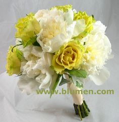 Google Image Result for http://www.blumen.com/images/peonies%2520and%2520roses%252005012010.jpg