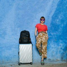 여행 욕구 자극하던 #씨엘(@chaelincl) X #투미(@tumitravel)의 모로코 여행기 황금연휴가 기다리고 있는 5월 해외 여행을 계획 중이라면 CL이 택한 #투미19디그리 그리고 #보야져칼라이스 를 준비해두세요 함께하면 그 지역의 트렌디세터는 바로 YOU #ELLEzoomin  via ELLE KOREA MAGAZINE OFFICIAL INSTAGRAM - Fashion Campaigns  Haute Couture  Advertising  Editorial Photography  Magazine Cover Designs  Supermodels  Runway Models