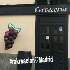 Bonito ejemplo de globoflexia en el centro de Madrid
