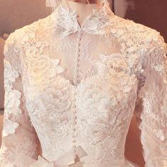 Exquisite Cotton Lace Applique, Cream Embroidery Wedding Applique , Bridal Veil Applique for Wedding Gown, Bridal Dress Decor, Bodice - Hochzeitskleid Applique Wedding Dress, Applique Dress, Lace Weddings, Wedding Gowns, Wedding Hair, Kebaya Wedding, Wedding Bolero, Wedding Jacket, Wedding Hijab