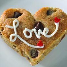 biscuit maison au pépite de chocolat en forme de cœur
