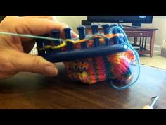 shortrowing the heel & toe on a sock loom - YouTube