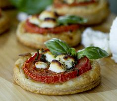 Party Frosting: Party Food: Mini Appetizers with Tomatoes