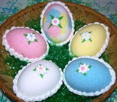 Huevos de Pascua de Azúcar Para Niños http://www.postresypasteles.com/postres-caseros/huevos-de-pascua-de-azucar-para-ninos/