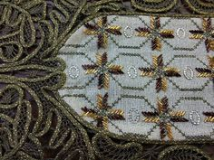 Beaded Embroidery, Cross Stitch Embroidery, Brooch, Beads, Rugs, Places, Gold, Decor, Tutorials
