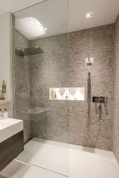 Modern bathroom shower tile walk in shower ideas services modern bathroom Contemporary Shower, Contemporary Bathroom Designs, Modern Bathroom Decor, Bathroom Layout, Basement Bathroom, Bathroom Interior, Modern Bathrooms, Small Bathrooms, Modern Contemporary