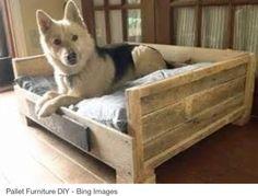 Bringen Sie Die Erholungsecke Ihres Hundes In Ordnung, Indem Sie Ein Holz  Hundebett Aus Europaletten Selbst Basteln. DIY Holz Hundebetten Aus  Europaletten