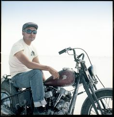 Kiyo on his knuck at salt flats riding out of LA for speedweek
