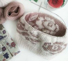 Ideas Crochet Baby Beanie Double For 2019 Crochet Baby Cocoon, Crochet Baby Boots, Crochet Baby Beanie, Crochet Mittens, Knit Beanie Hat, Crochet Yarn, Baby Knitting, Knitted Hats, Crochet Jewelry Patterns