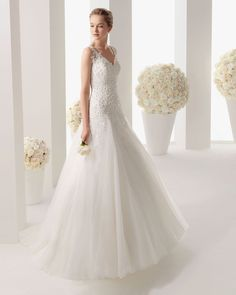 2014 Discount V-neck A-line Tulle with Applique Wedding Dress