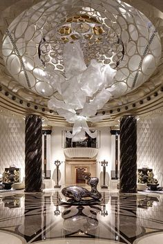 Have you ever loved a hotel so much that you've been tempted to stay inside all day instead of actually exploring the city? We certainly have | Luxury Hotels | Exclusive Design www.bocadolobo.com #bocadolobo #luxuryfurniture #exclusivedesign #interiordesign #designideas #luxuryhotels #besthotelsintheworld #tophotel #designhotels #hotelluxury #mostluxurioushotels #hotelinteriordesign #hospitalityinteriordesign #hotellobbydesign #luxuryinteriordesign #luxuryinterior #hotelroomdecor…