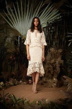Nicole Miller Spring 2018 Ready-to-Wear  Fashion Show Collection