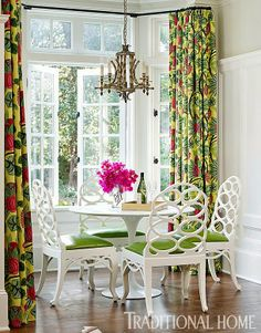 Mix and Chic: Home tour- A bright and bold Atlanta home!