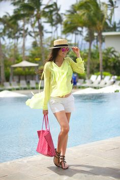 Totally love this outfit for a vacation!