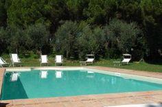 Villa Vada    www.sonnigetoskana.ch    Italien, Provinz Livorno, Vada, Privater Pool, nahe beim Meer. Nur etwa 3 Km von der Küste entfernt liegt diese gepflegte Villa mit privatem Pool und 6 Schlafzimmern. #urlaub #vacation #travelitaly #italiantrips #familytravel #familyvillas #familyoccasions #toskanaferienhaus #ferienhaus #luxurytravel #luxuryvilla #holidayhomes #livornoluxuryvilla #livornoholidayhomes #livornoferienhaus #italienurlaub #tuscanvillasforrent #tuscanyvillasforrent…