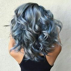 Are you looking for ombre hair color for grey silver? See our collection full of ombre hair color for grey silver and get inspired! Dye My Hair, New Hair, Spring Hairstyles, Cool Hairstyles, Latest Hairstyles, Easy Hairstyle, Popular Hairstyles, Hairstyles Haircuts, Hair Painting
