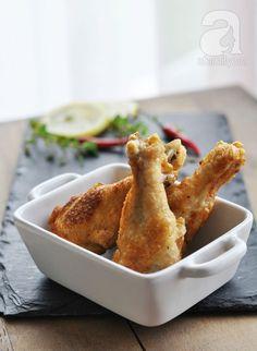 Cánh gà chiên kiểu mới ngon cơm ngày se lạnh - http://congthucmonngon.com/53608/canh-ga-chien-kieu-moi-ngon-com-ngay-se-lanh.html