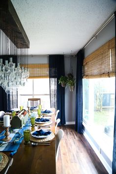 Ornamental people, we are bringing you somenew suggestions! It has to do with distinct, motivating light fixture desing for the dining-room, which will certainly delight you. Wooden Ceilings, Dining Room Lighting, Kitchen Decor, Kitchen Ideas, Living Room Designs, New Homes, Chandelier, Diy, Ceiling Ideas