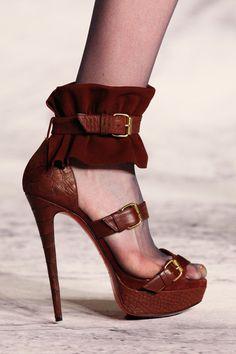 ~~fashion weekling~~