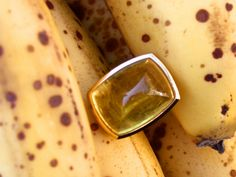 """Goldringe - """"Think Big!"""" Ring mit gelbem Beryll, ... - ein Designerstück von IrisThoenes bei DaWanda"""