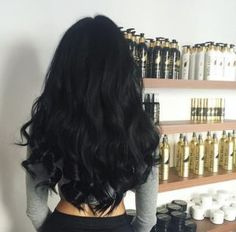New hair goals black short Ideas Long Black Hair, Hair Color For Black Hair, Dark Hair, Black Colored Hair, Black Hair Makeup, Black Curly Hair, Brown Hair, Curly Hair Styles, Natural Hair Styles