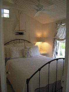 Bedroom, small margins around bed  The Cottages at Cabot Cove (Kennebunkport, Maine) - B&B Reviews - TripAdvisor