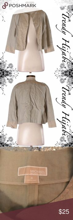 Michael Kor Cropped Linen Jacket size 4 Beige Solid Dry clean only Measurements Detailed measurements are not available for this item. Materials 100% Linen MICHAEL Michael Kors Jackets & Coats Blazers