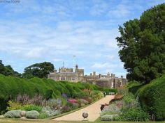 Lies im Blog über unseren Urlaub im Südosten Englands in den Grafschaften East Sussex und Kent, über unser Cottage und die Dinge, die wir gesehen und erlebt haben. Lass dich für deinen eigenen Urlaub inspirieren. Rudyard Kipling, National Trust, East Sussex, Churchill, Castle, Mansions, House Styles, Mansion, Forts
