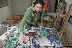 Художница за работой http://lavizm.ru/ #LAVIZM Ekaterina Lebedeva #followback Contemporary #Art