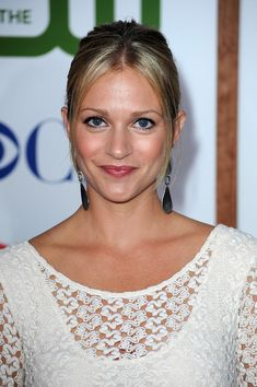 A.J. Cook Photos - Actress A.J Cook arrives at the TCA Party for CBS, The CW and Showtime held at The Pagoda on August 3, 2011 in Beverly Hills, California. - CBS, The CW & Showtime's 2011 TCA Party - Arrivals